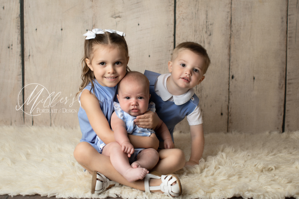 Family Portraits with small children